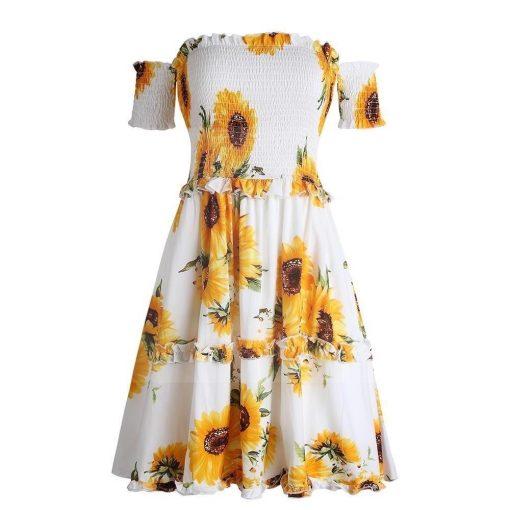 Weißes Hippie Kleid mit Blumen